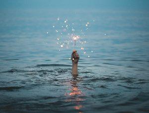 Guiding light in ocean